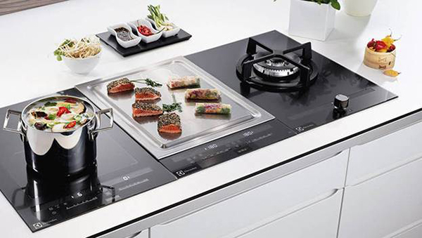 58cm 2 zone induction teppan yaki plate with direktouch controls harvey norman commercial blog. Black Bedroom Furniture Sets. Home Design Ideas