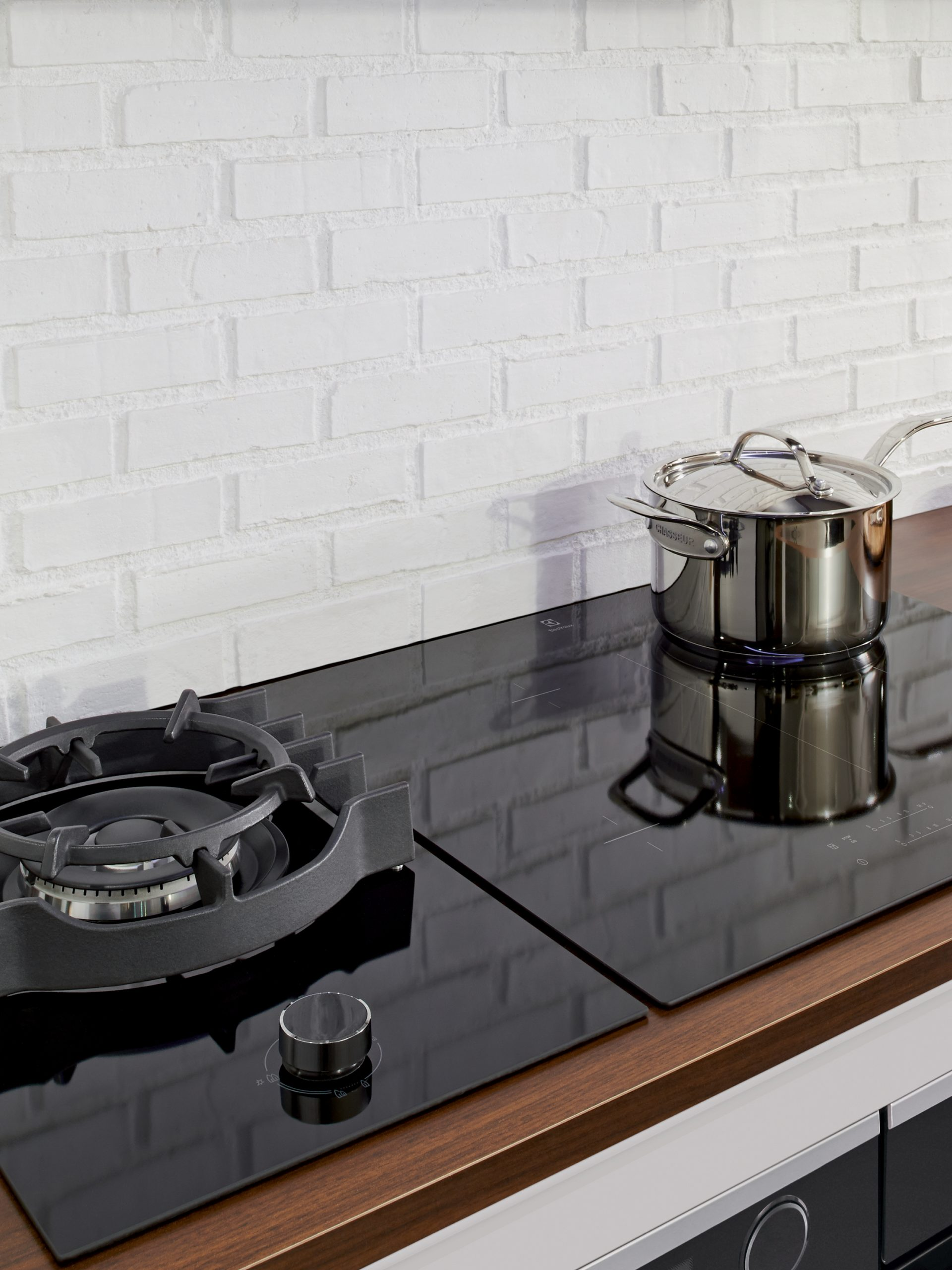 CeramicInductionCooktop_BLOG Feature Image
